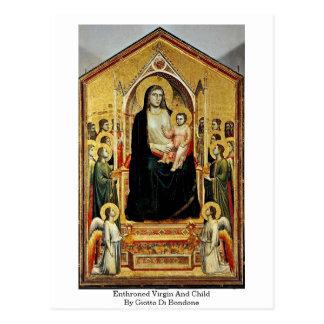 Carte Postale Vierge et enfant couronnés par Giotto Di Bondone