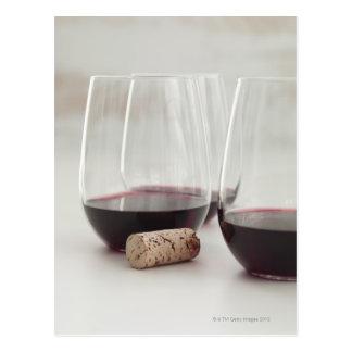 Carte Postale Vin rouge en verres acaules