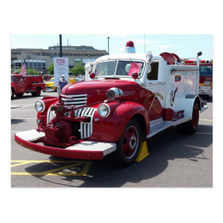 Carte postale vintage de camion de pompiers
