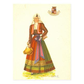 Carte postale vintage de jeune femme de Sardaigne