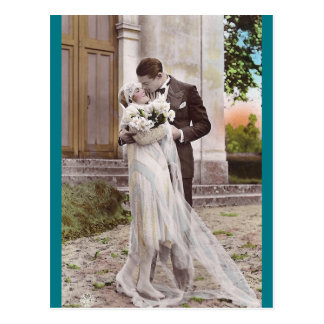 Carte postale vintage de photo de jeunes mariés