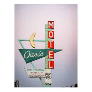 Carte postale vintage de signe de motel de droite