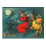 Carte postale vintage de sorcière de Halloween
