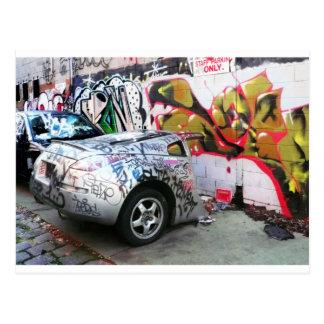 Carte Postale Voiture de graffiti