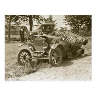 Carte Postale Voiture épave ville MI en juillet 1930 marin s -
