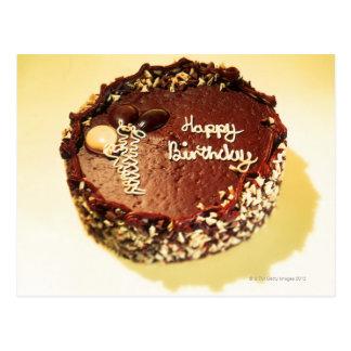 Carte Postale vue courbe d'un gâteau d'anniversaire de chocolat