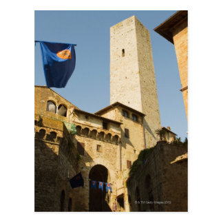 Carte Postale Vue d'angle faible d'une tour, Torri Di San