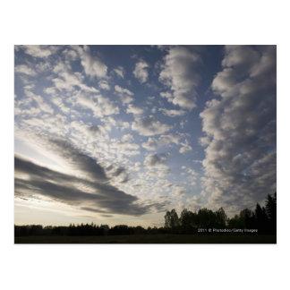 Carte Postale Vue de ciel d'horizon avec des nuages