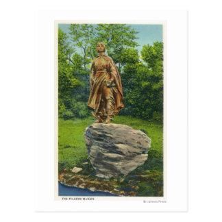 Carte Postale Vue de la statue de jeune fille de pèlerin