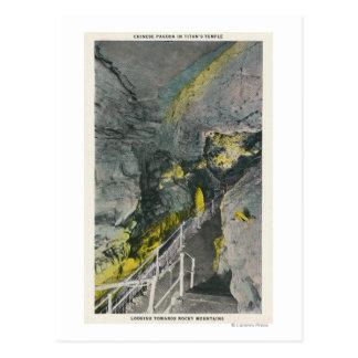 Carte Postale Vue de pagoda chinoise dans le temple du titan