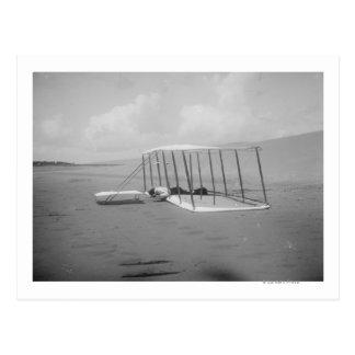 Carte Postale Wilbur Wright en position encline dessus
