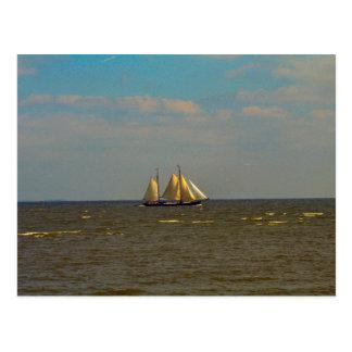 Carte Postale Yacht néerlandais de péniche sur l'Ijselmeer
