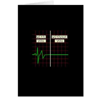 Carte romantique avec le battement de coeur