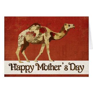 Carte rose du jour de mère de chameau