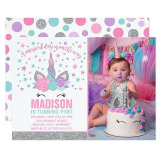 Carte Rose magique et argent d'invitation d'anniversaire