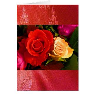 Carte rouge de la plaine II de rose jaune