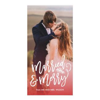 Carte Rouge marié et joyeux de photo de vacances