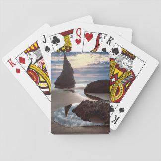 Cartes À Jouer Bord de la route Épine-Formé de roche de visage du