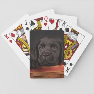 Cartes À Jouer Chiot noir de labrador retriever dans un panier