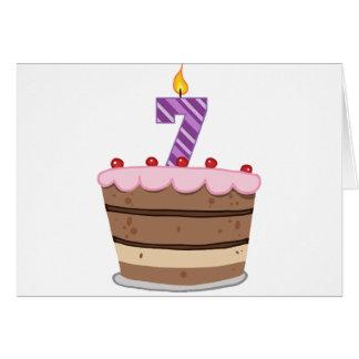 Cartes Âge 7 sur le gâteau d'anniversaire