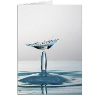 Cartes Baisses de l'eau se heurtant pour former un