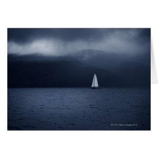 Cartes Bateau à voile par temps orageux dans l'écossais