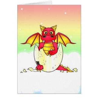 Cartes Bébé mignon de dragon en oeuf criqué - rouge/jaune