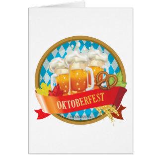 Cartes Bel étiquette d'Oktoberfest avec de la bière