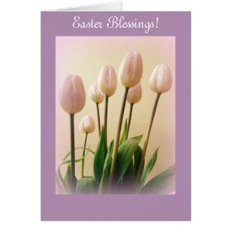 Cartes Bénédictions de Pâques avec des tulipes de ressort