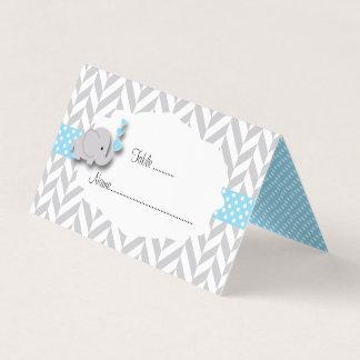 Cartes bleues et grises d'endroit du baby shower |