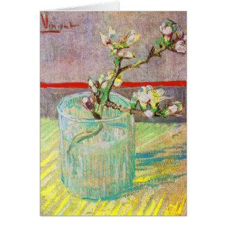 Cartes Branche de floraison d'amande dans un verre