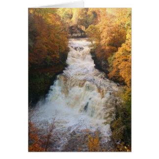 Cartes Cascade de cascade en automne Corra Linn