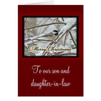 Cartes Chickadee couvert par noir de Noël dans la neige