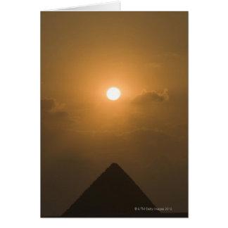 Cartes Coucher du soleil au-dessus de la grande pyramide
