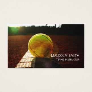 Cartes De Visite Balle de tennis d'instructeur de tennis sur le