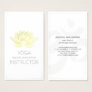 Cartes De Visite Instructeur élégant de yoga de Lotus de blanc et