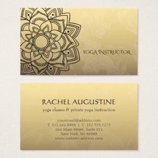 Cartes De Visite Mandala floral de YOGA d'instructeur d'or élégant