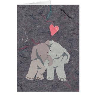 Cartes Éléphants gris doux dans l'amour pour la