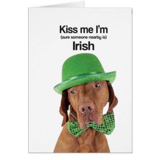 Cartes Embrassez-moi que je suis irlandais (Vizsla) -