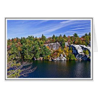 Cartes Feuillage d'automne autour de lac Minnewaska