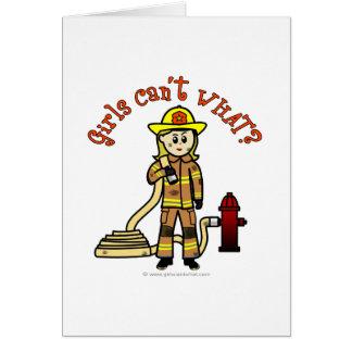 Cartes Fille blonde de sapeur-pompier