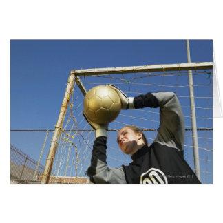 Cartes Gardien de but féminin (12-14) tenant la boule,