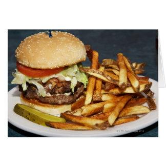 Cartes grand double demi d'hamburger de livre fait frire