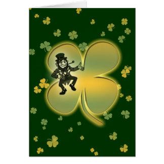Cartes irlandaises de shamrocks de chance de lutin