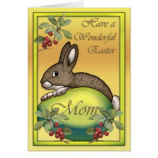 Cartes Lapin de Pâques heureux avec l'oeuf, pour la maman