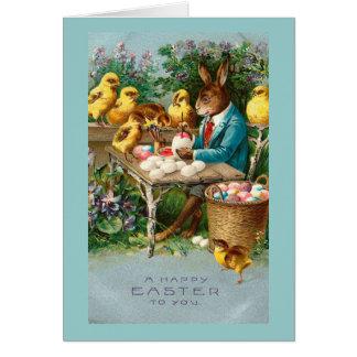Cartes Lapin peignant des oeufs de pâques vintages