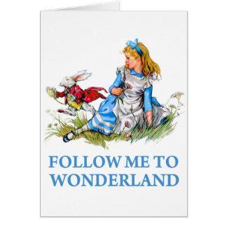 """Cartes Le lapin indique Alice, """"suivez-moi au pays des"""