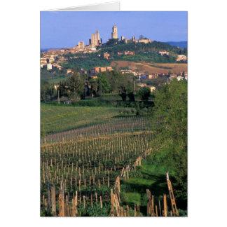 Cartes Le village de San Gimignano se repose dans le