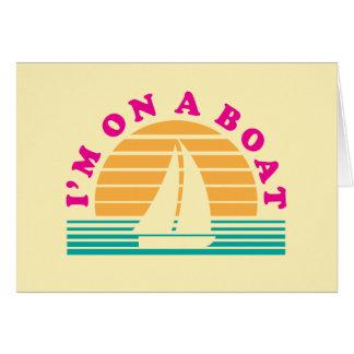 Cartes L'île isolée sur un bateau