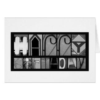 Cartes L'objet marque avec des lettres l'anniversaire